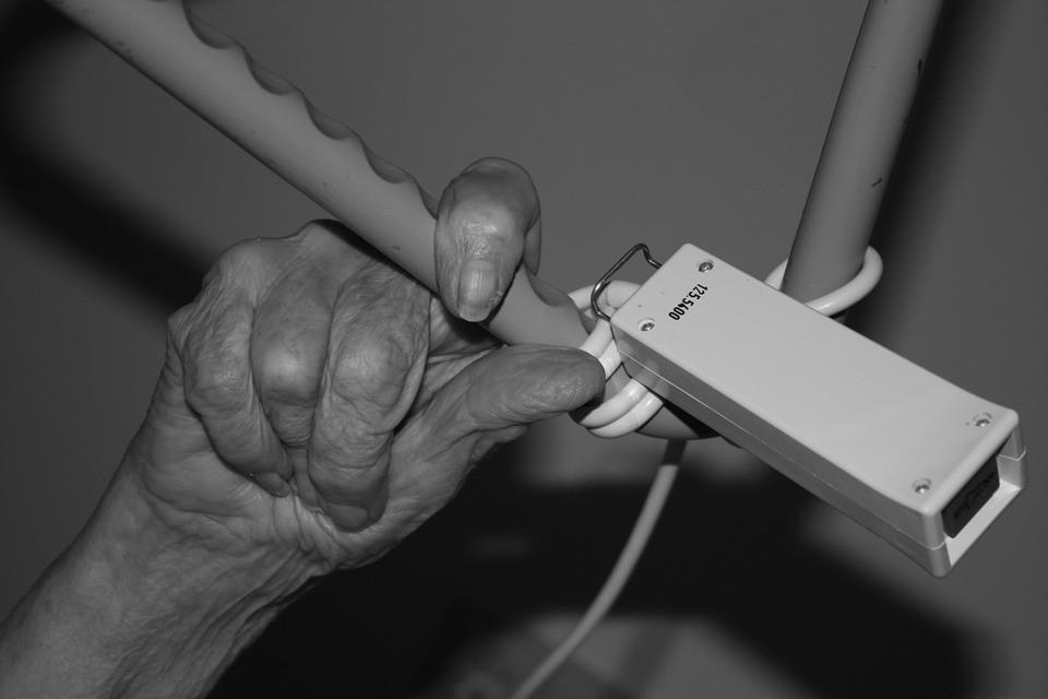 mi a teendő, ha a kézízületek valóban fájnak homeopátiás gyógyszerek az osteochondrozistól
