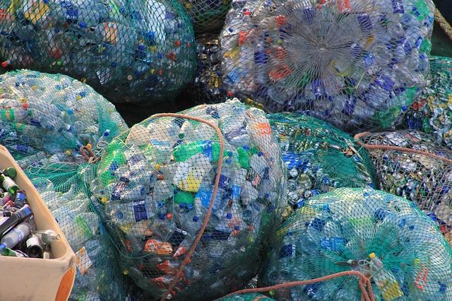 Azért hívják műanyagnak, mert a természetben nem előforduló anyagokból készül.